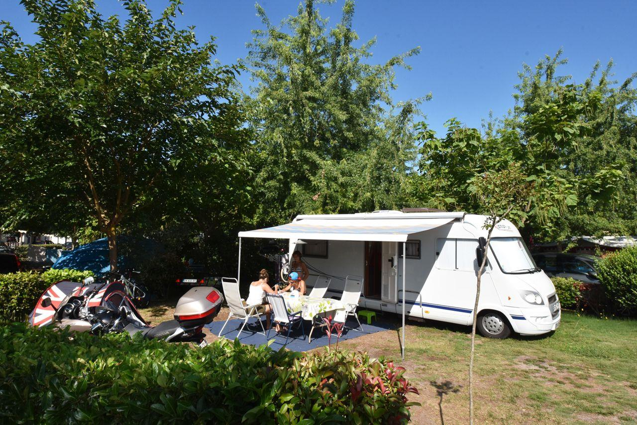Emplacement - Forfait Emplacement ** - Camping Sandaya Sanguinet Plage