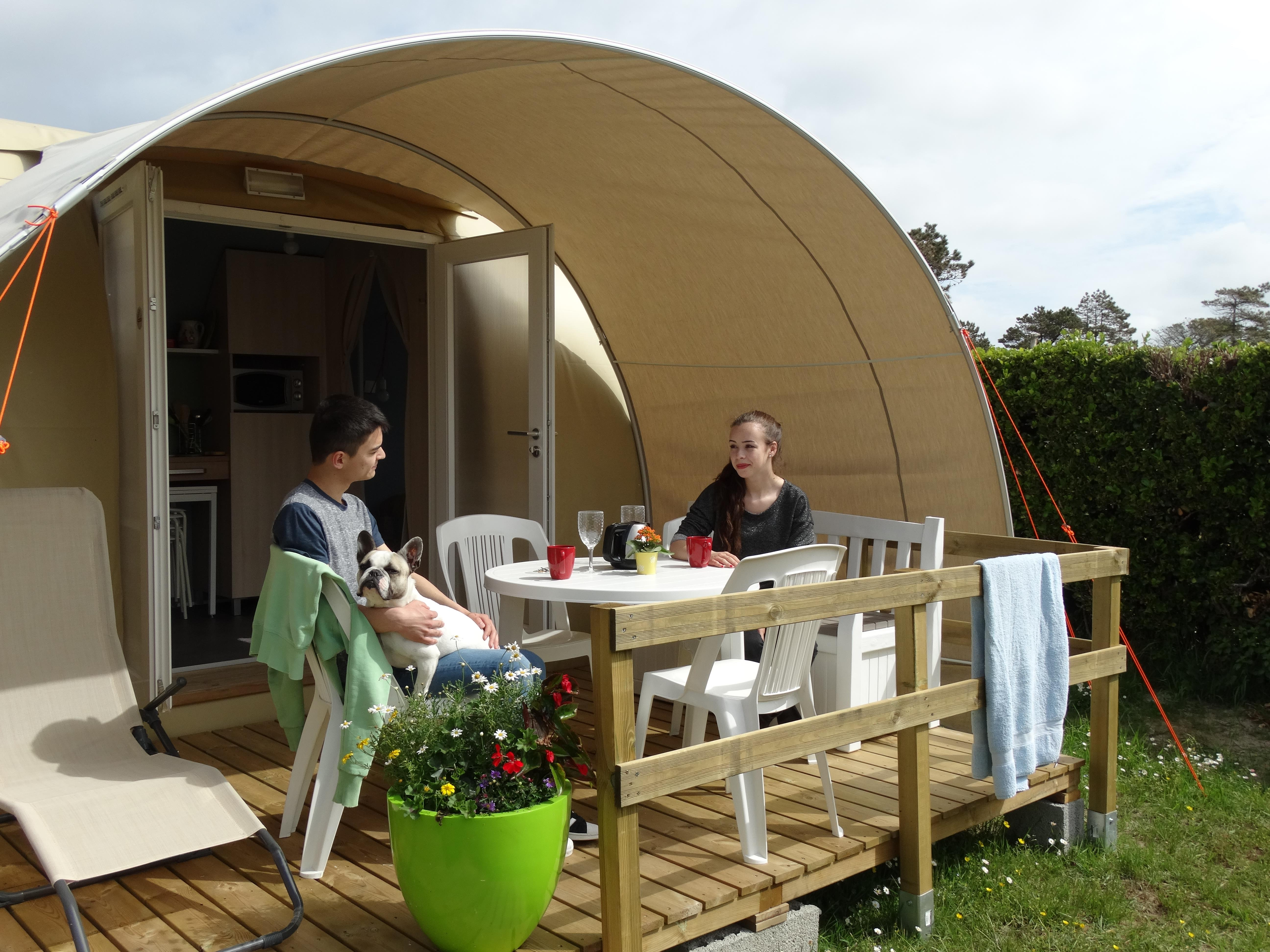Huuraccommodatie - Coco Sweet (16M²) 4 Pers. Saturday To Saturday - CAMPING DES ABERS