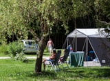 Pitch - Pitch Confort With Eletricity And Private Bathroom - Camping Sites et Paysages De Vaubarlet
