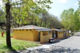 Pitch - Pitch for car and caravan - Camping Village Mugello Verde