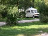 Pitch - Pitch with electricity - Camping La Croix d'Arles