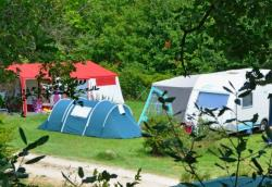 Pitch - Comfort Package (1 Tent, Caravan Or Motorhome / 1 Car / Electricity 6A) - Camping les 4 Saisons