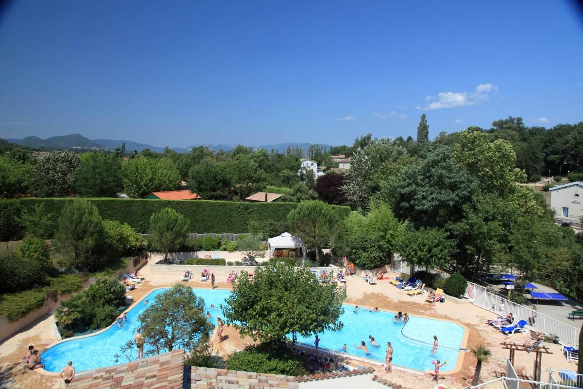 Camping corse du nord avec piscine for Camping loches avec piscine