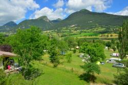 Rental - Chalet Alizé 2 Bedrooms - Camping CHAMP LA CHEVRE