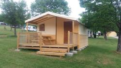 Rental - Tent Lodge (Without Toilet Blocks) - Camping CHAMP LA CHEVRE