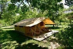 Accommodation - Tent  Cabanon With Equipment : 5 Pers. - Camping Les Tuillères