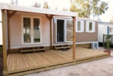 Rental - NEBRASKA 8 pers. with TV + place for 2 vehicles - Camping Les Palmiers