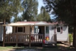 Alojamientos - OREGON 8 pers. with TV + place for 2 vehicles - Camping Les Palmiers