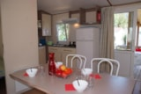 Rental - COLORADO 6 pers. with TV + place per 1 vehicle - Camping Les Palmiers