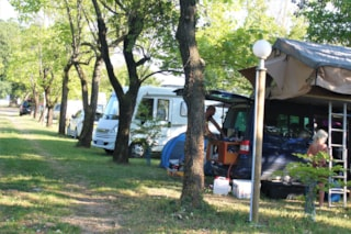 Comfort Package (1 Caravan Or Motorhome / 1 Car / Electricity)
