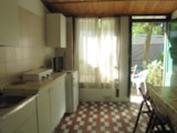 Rental - Bungalow (2 Bedrooms) With Airconditioning - Beachservice Included For Min 7 Nights (2 Beach Beds + Sunshade) - Camping Piomboni SRL