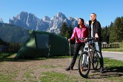 Maxi comfort pitch(2 adults + ecological tax included), extra: electricity and gas under consumption