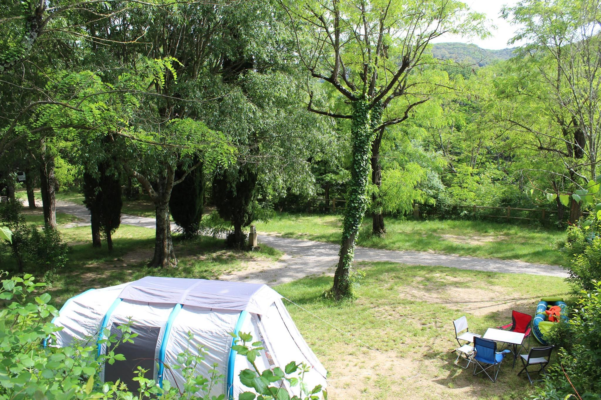Etablissement CAMPING DES TUNNELS - VALLON PONT D'ARC