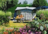 Pitch - EMPLACEMENT GRAND CONFORT - - Camping les Embruns