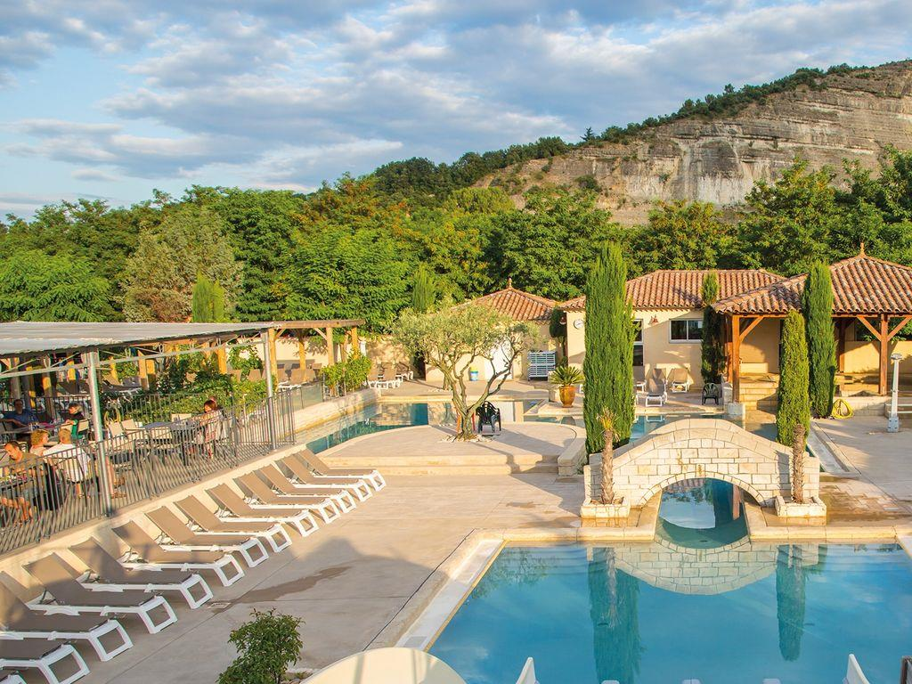Yelloh village la plaine 5 toiles ard che for Club vacances ardeche avec piscine