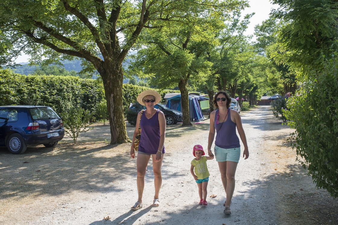 Package: Pitch + car + tent or caravan + electricity 10A
