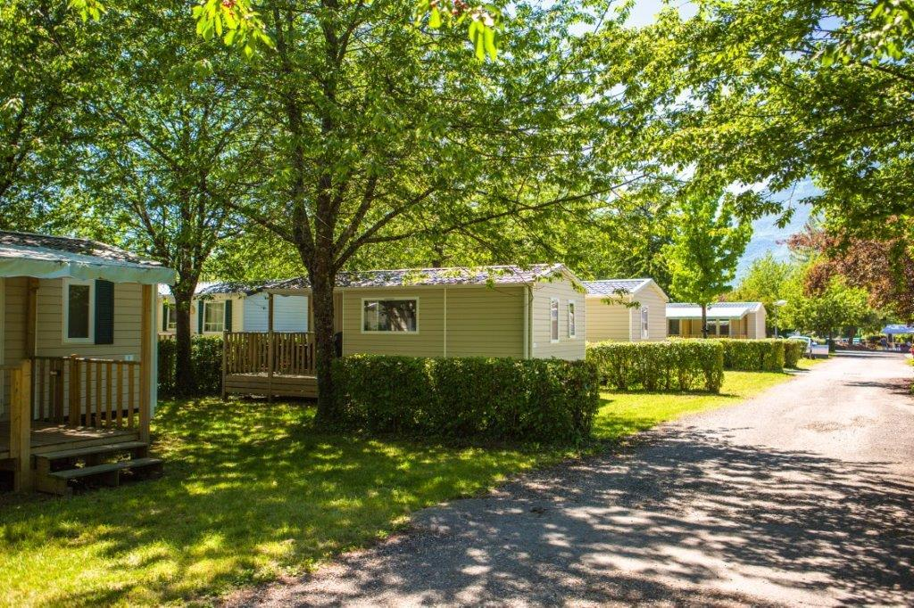 Location - Mobile-Home 2 Chambres + Terrasse - Camping Lac de Carouge