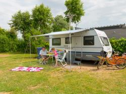 Grand Comfort Package (1 Tent, Caravan Or Motorhome / 1 Car / Electricity 10A / Used Water Draining / Barbecue / Picnic Table)