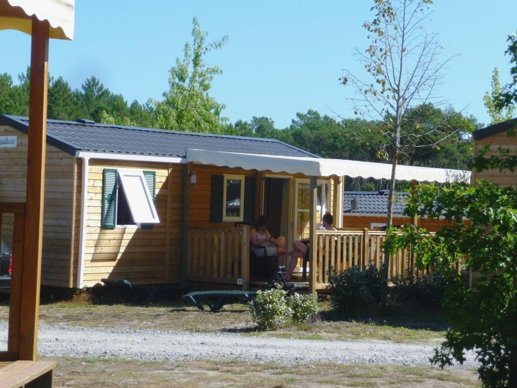 Locatifs - Mobilhome Confort 2 Chambres / Terrasse Intégrée - Camping LANDES OCEANES