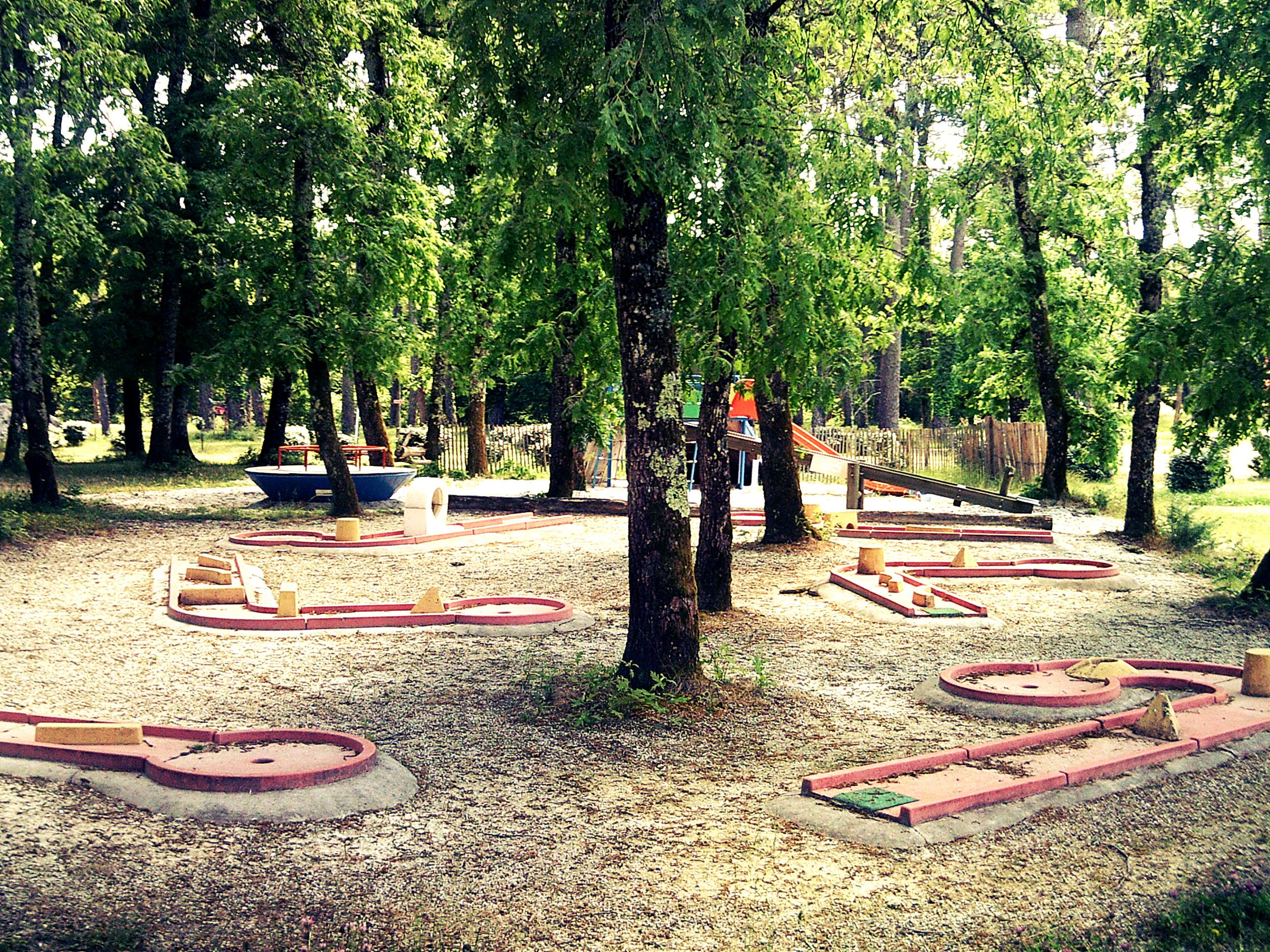 Leisure Activities Camping Val de l'Eyre - Salles