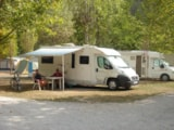 Pitch - Pitch : car + tent/caravan or camping-car + electricity - Camping Frederic Mistral
