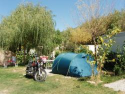 Pitch (packages 2 pers + 1 tent / or 1 car + 1 caravan / or 1 camping-car)