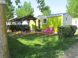 Accommodation - Mobile Home Cayo Coco Supérieur About 27M² 2 Rooms + Terrace With Pergola - Camping Californie Plage