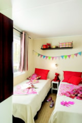 Rental - LE FAMILY (4 Adults + 2 Kids) AIRCO + TV / Animals not addmitted - AIROTEL CAMPING BON PORT