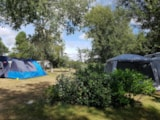 Pitch - Pitch Trekking Package by foot or by bike with tent without electricity - Camping Kerlaz