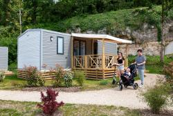 Mobil Home Confort+ Family 33M² + Terrasse Semi Couverte + Climatisation (3 Chambres)