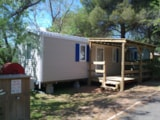 Rental - Mobil-home KERANA 22 m² + bathroom + 10 m² wooden terrace with shelter - Camping Sites et Paysages LE MAS DU PADRE
