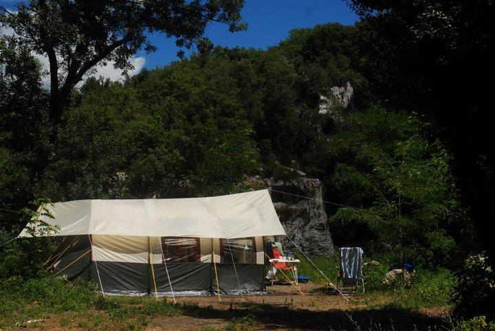 location Confort pitch (with electricity 10 Amp) 2 Ppl. naturiste