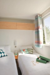 Rental - Mobile home CONFORT + 25 m² (2 bedrooms) - Covered terrace - Flower Camping Le Pont du Tarn