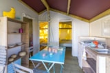 Rental - Freeflower CONFORT + 30 m² - 2 bedrooms (without toilet blocks) - Flower Camping Le Pont du Tarn