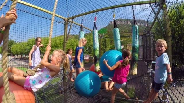 Camping les Rivages, Millau, Aveyron