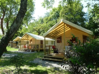 Ecolodge - covered terrace (2 bedrooms)