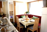 Rental - Mobil Home TAHITI with wooden covered terrace, garden table and chairs. - Camping Oasi