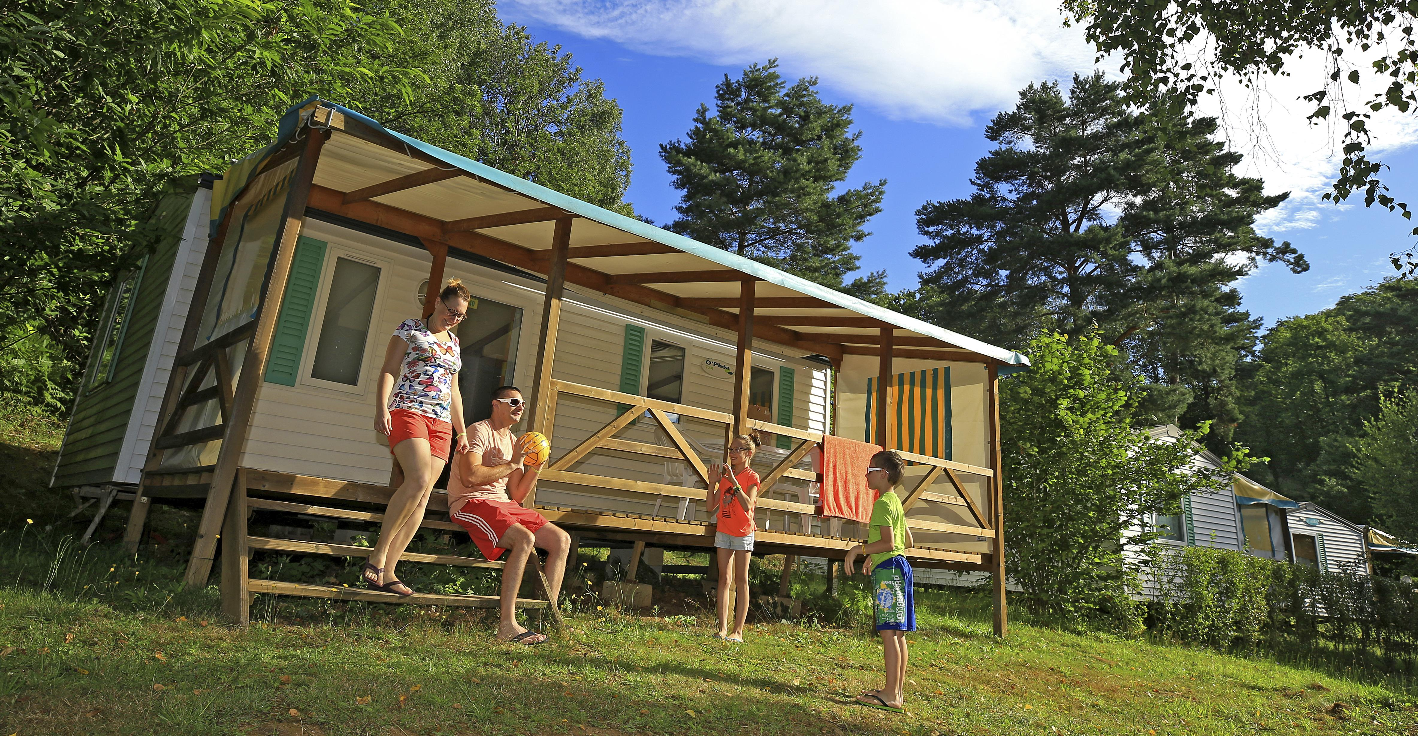 Location - Mobil-Home Family+ 27 M² 2 Chambres - Camping Campéole Le Giessen