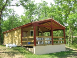 Rental - Chalet Type 5 - 52 m² - 2 bedrooms - Camping Naturiste Le Couderc