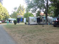 Pitch - Comfort Package (1 tent, caravan or motorhome / 1 car / electricity 6A) - Flower Camping Des Nauves