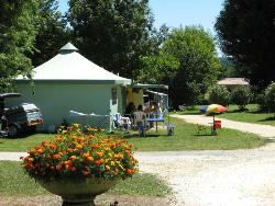 Rental - Funflower Eco 20m² ( 2 rooms) without private facilities - Flower Camping Des Nauves