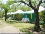 Huuraccommodaties - Gemeubileerde bungalowtent Eco 25 m² (2 Kamers) - Flower Camping Le Riviera