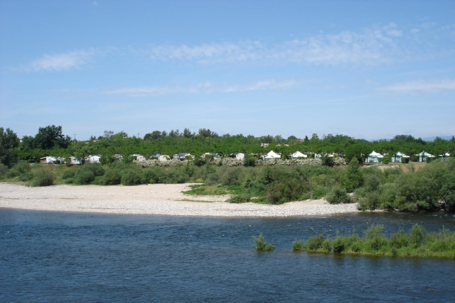 Flower Camping Le Riviera - Sampzon