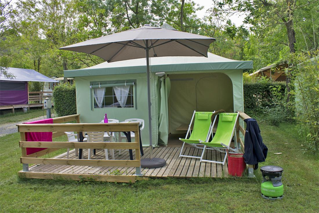 Location - Funflower Eco 20 M² Sans Sanitaires (2Ch-4P) - Flower CAMPING SAINT AMAND