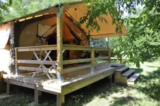 LODGE VICTORIA comfort 30m²  (2 bedrooms) with covered terrace without private facilities