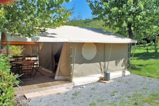 Lodge Canada Confort + 35m²  (3 bedrooms) with covered terrace without private facilities