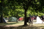 Emplacement - Emplacement en camping - SPECIAL LOIRE A VELO - Camping Le Jardin de Sully