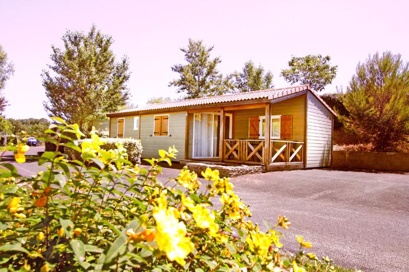 Location - Chalet 45M² (3 Chambres) - Camping Sites et Paysages Le Moulin de Sainte Anne