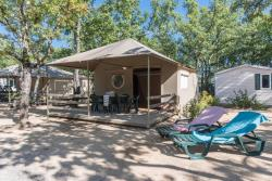Rental - Tente Lodge 4 Pers. 2 Bdrms. - Camping Sunêlia Aluna Vacances