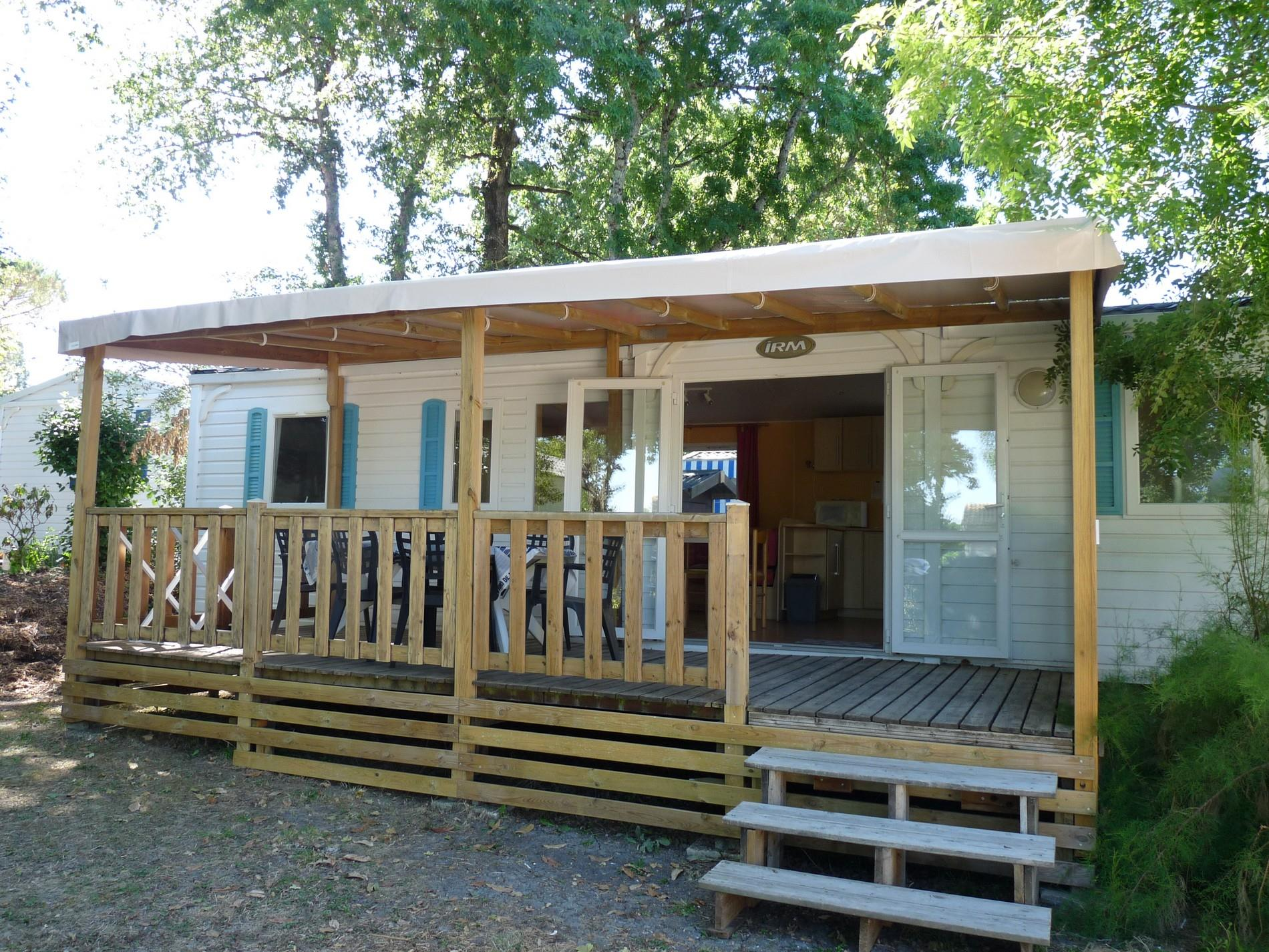 Location - Mobilhome Family Terra 3 Chambres  36M² ,  Terrasse Couverte - Camping Aloe